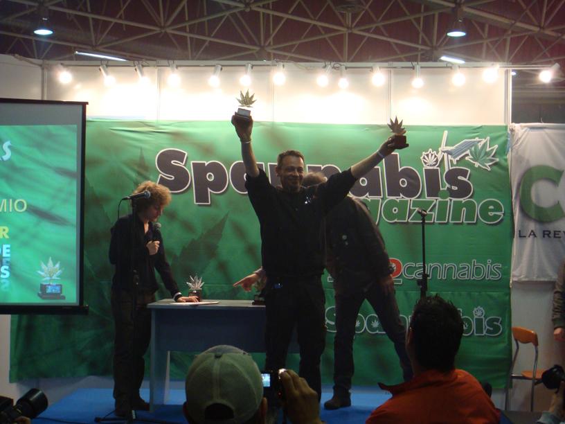 recogida-premios-spannabis-2009