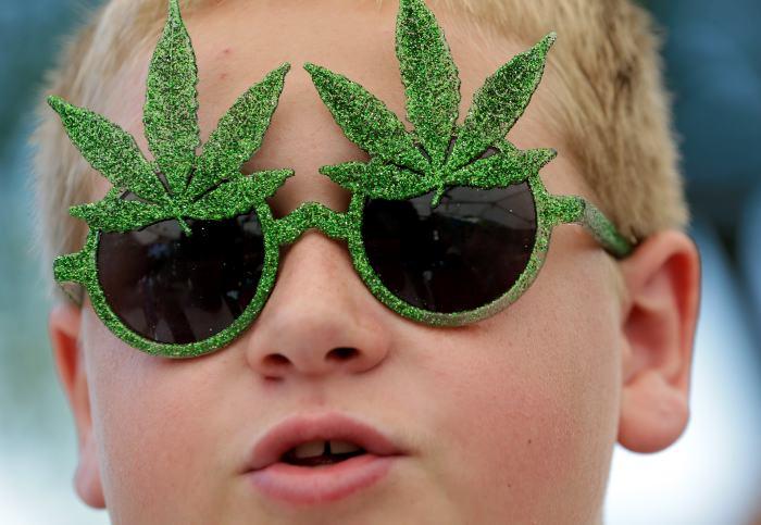 Médicos de Utah, impulsan la marihuana medicinal para los niños.