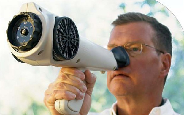 La policía usa telescopios nasales para detectar marihuana